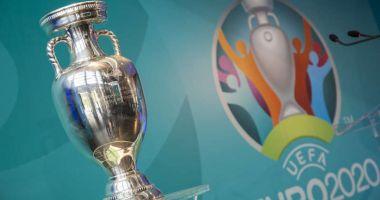 Trofeul Henri Delaunay, care va fi decernat câştigătoarei EURO 2020, va fi expus vineri la Bucureşti