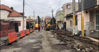 Trotuare noi în cartierul Faleză Nord