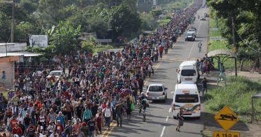 Trump dezminte că le-a cerut soldaţilor să tragă asupra migranţilor