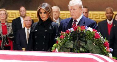 Trump a adus un omagiu predecesorului său  republican George H.W. Bush