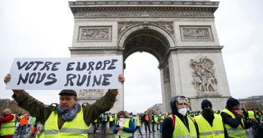 """Trump critică Acordul de la Paris invocând mişcarea """"vestelor galbene"""""""