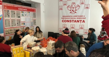 Tinerii din PSD Constanța, daruri pentru nevoiași