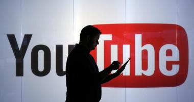 YouTube ar putea deveni �n cur�nd o rețea social� asem�n�toare cu Facebook și Twitter