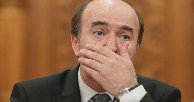 O petiție pentru demiterea lui Tudorel Toader din funcția de rector al Universității Alexandru Ioan Cuza a strâns aproape 30.000 de semnături
