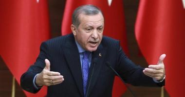 Turcia: Erdogan  îi acuză de trădare pe cei care  îşi transferă averile în străinătate