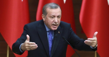 Turcia se poziţionează de partea Qatarului