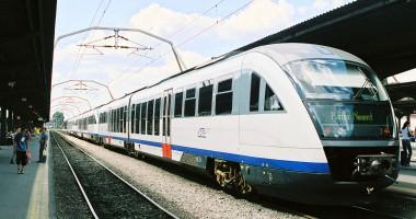 Peste 25.500 de turişti au ales trenul în week-end