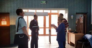 Turişti în pericol. Pompierii verifică unităţile de cazare