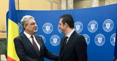 Preşedintele CJC Horia Țuţuianu a semnat contractul privind investiţiile la Spitalul Judeţean