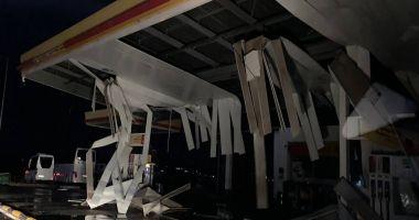 STARE DE URGENŢĂ! Furtună violentă în Halkidiki, doi turişti români au murit