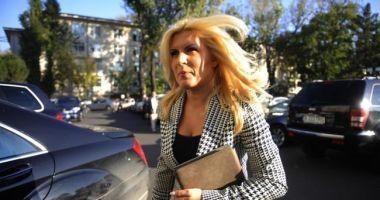 """Elena Udrea: """"Am gemeni, sarcina evoluează bine"""""""