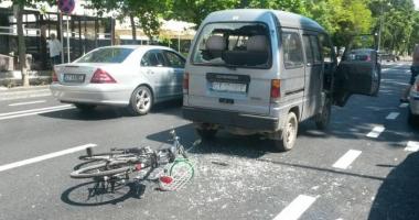 Biciclist r�nit �ntr-un accident pe bulevardul Tomis