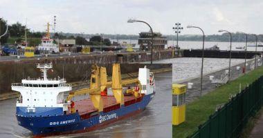 Un cargou a lovit centrul de comandă de pe Canalul Kiel