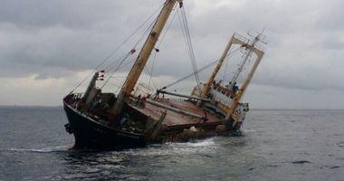 Un cargou indian, în pericol de scufundare