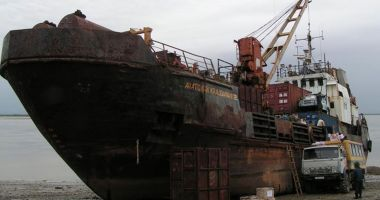 Un cargou s-a scufundat în Marea Okhotsk; trei marinari au dispărut