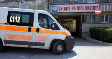 Pacient cu accident vascular, ţinut  patru ore în Unitatea de Primire Urgenţe