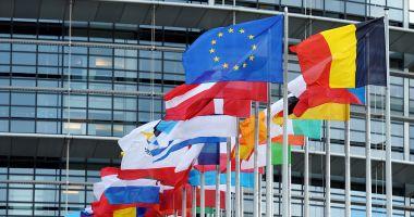 """""""Uniunea Europeană, ameninţată cu dezmembrarea şi ieşirea din istorie"""""""