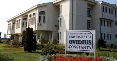 Un nou decan la Facultatea de Teologie a Universităţii Ovidius Constanţa