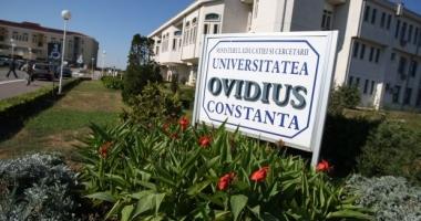 """Dublă lansare de carte la Universitatea """"Ovidius"""""""