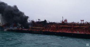Un tanc petrolier a explodat; un marinar a murit, iar trei au dispărut