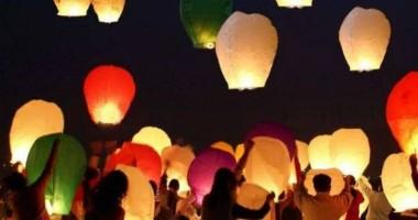 Lampioane lansate pe Plaja Modern pentru salvarea lui unui băieţel bolnav de cancer