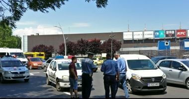 ACCIDENT RUTIER în apropierea sensului giratoriu de la City Park Mall. VICTIMA, O FEMEIE!