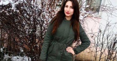 Ce spunea tânăra de 18 ani despre fotograful care a UCIS-O