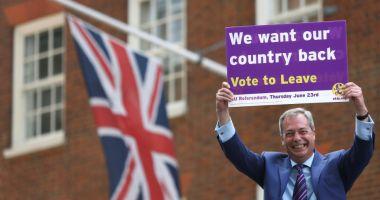 Unu din patru britanici ar vota pentru noul partid Brexit al lui Farage