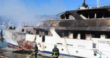 Un yacht de lux a fost devastat de un incendiu, la Cannes