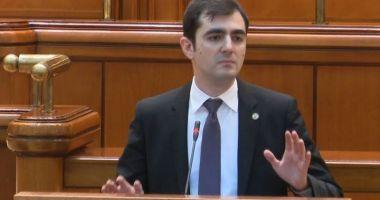 USR cere conducerii Camerei Deputaţilor revocarea lui Liviu Dragnea din funcţia de preşedinte al forului