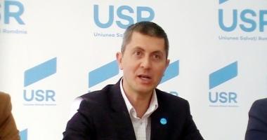 """Liderul USR, Dan Barna: """"În Parlament e dictatura majorităţii"""""""