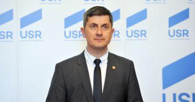 USR PLUS îşi îndreaptă atenţia şi cătrea Republica Moldova