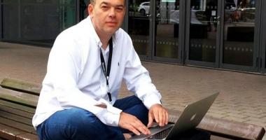 DOLIU în presa românească! Jurnalistul Valentin Damian a murit, după ce i s-a făcut rău pe stradă