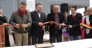 Primarul Florin Mitroi a inaugurat piaţa agroalimentară din Valu lui Traian