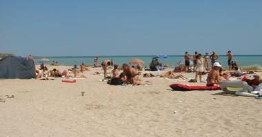 Jandarmii din Constanţa, în alertă! Pe cine au descoperit aceştia pe plaja Modern