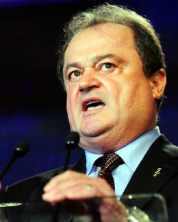 """""""Îi rog pe primarii PDL să nu intre în jocul periculos al USL"""""""