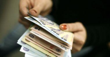 Veniturile unei gospodării de români sunt sub 1.000 de euro pe lună