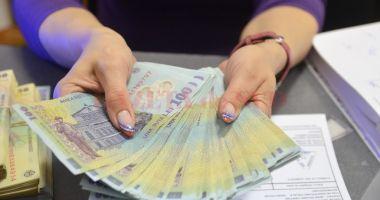 Cât câștigă și cât cheltuiește populația României