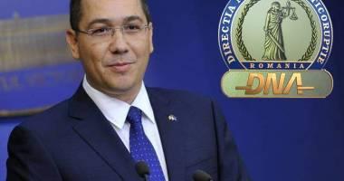 După ce a fost în cârje la DNA, Ponta cere asigurarea accesului persoanelor cu dizabilităţi în instituţii