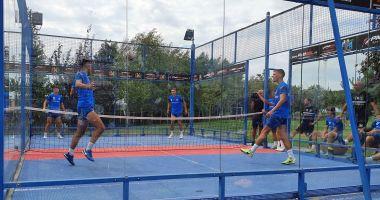 Fotbaliștii de la FC Viitorul, relaxare pe terenul de padbol