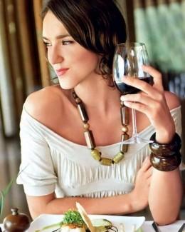 Cât de sănătos este un păhărel de vin pe zi