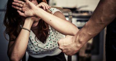 Se caută soluţii  pentru stoparea violenţei în familie