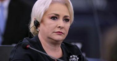 Premierul Viorica Dăncilă participă la o şedinţă a liderilor coaliţiei la Parlament