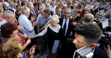 """Viorica Dăncilă, jignită de protestatari, la Constanța. """"E vorba de cei 7 ani de acasă"""""""
