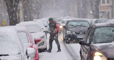 Viscol puternic şi ninsori, de mâine, la Constanţa