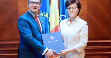 Primarul Decebal Făgădău, gazdă pentru ambasadorul Chinei la București