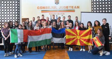 Viceprimarul Costin Răsăuțeanu, gazdă pentru tinerii europeni implicați în programul Erasmus+