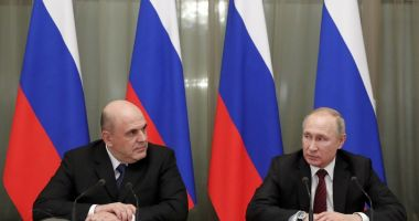 Vladimir Putin și-a format noul guvern, păstrând miniștri-cheie
