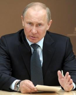 Putin: Demisia lui Kofi Annan este foarte regretabilă