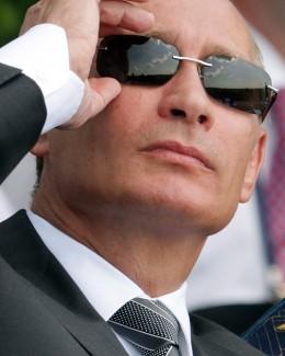 Câte avioane de luptă şi elicoptere noi vrea preşedintele Rusiei  să intre în serviciu până în 2020